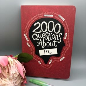 2000 Questions About Me Book, NWOT